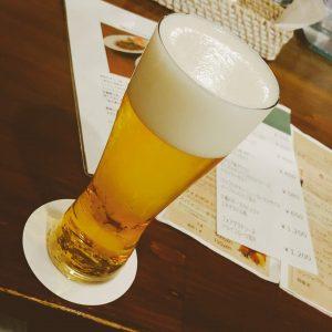 エキチカバルの生ビール