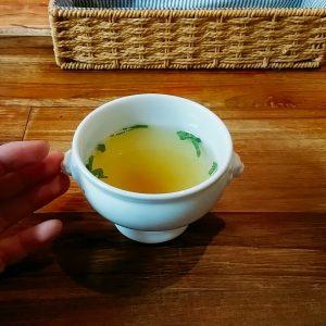 シェ・アルモニのスープ