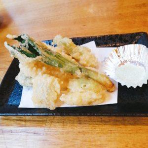 岩手の山菜天ぷら